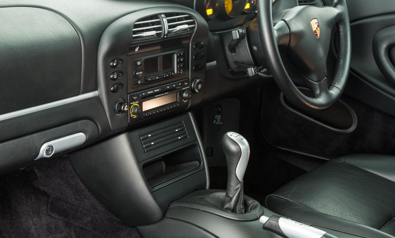 porsche 911 gt2 the octane collection. Black Bedroom Furniture Sets. Home Design Ideas