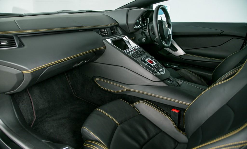 Lamborghini Aventador LP 700-4 For Sale - Interior 2