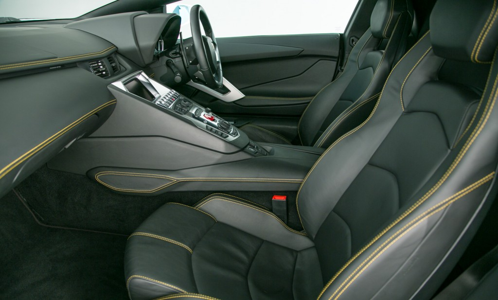 Lamborghini Aventador LP 700-4 For Sale - Interior 1