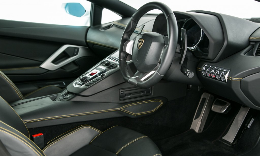Lamborghini Aventador LP 700-4 For Sale - Interior 3
