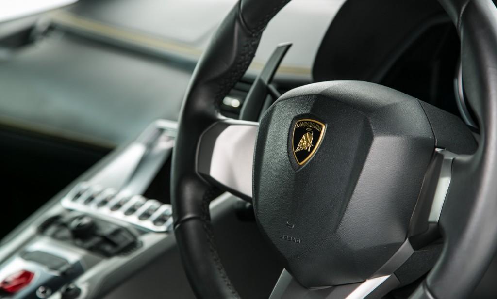 Lamborghini Aventador LP 700-4 For Sale - Interior 4