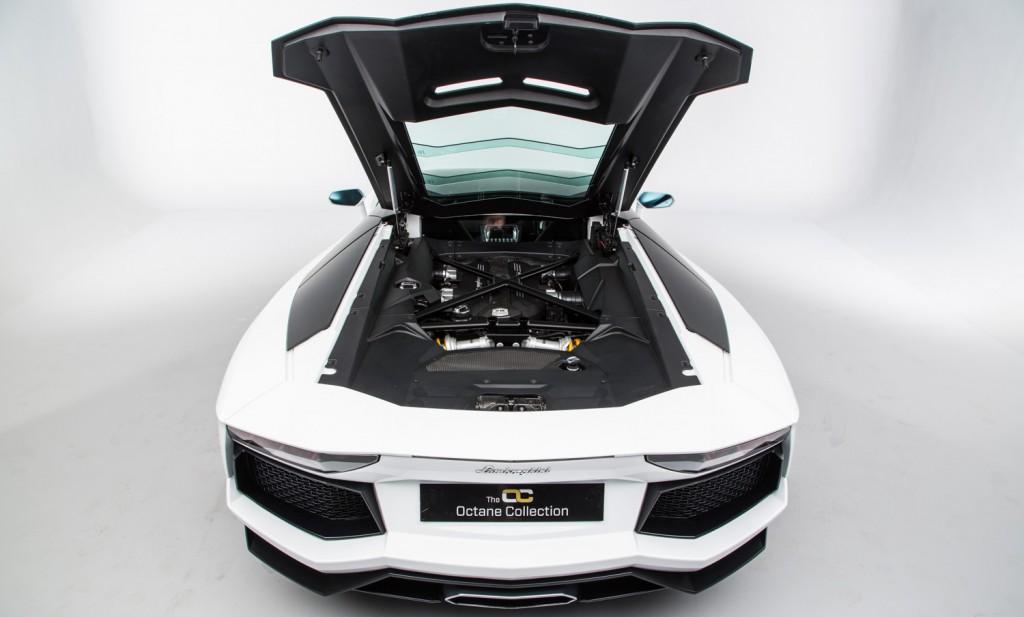 Lamborghini Aventador LP 700-4 For Sale - Engine and Transmission 7
