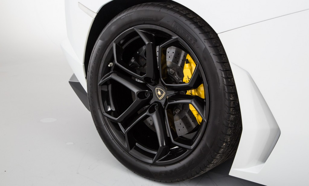 Lamborghini Aventador LP 700-4 For Sale - Wheels, Brakes and Tyres 2