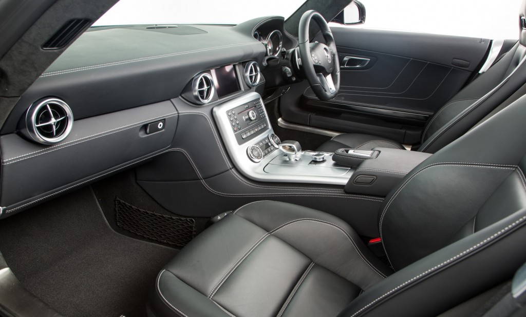 Mercedes SLS AMG Roadster For Sale - Interior 1