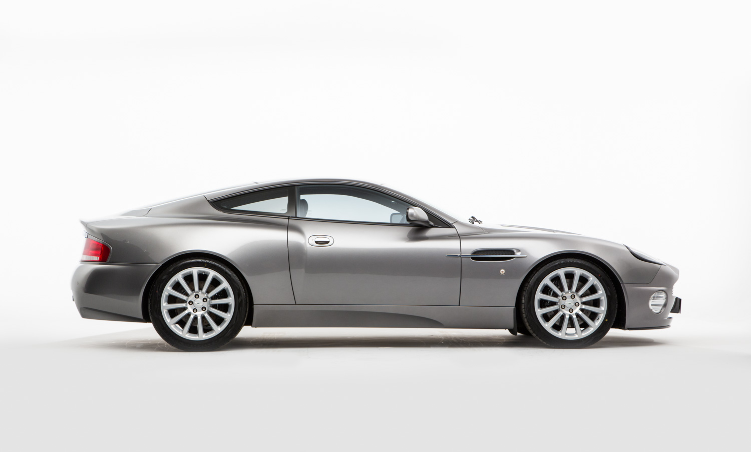 Aston Martin Vanquish For Sale - Exterior 7