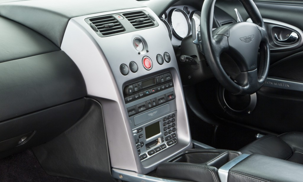 Aston Martin Vanquish For Sale - Interior 4