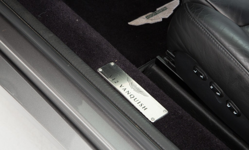 Aston Martin Vanquish For Sale - Interior 5