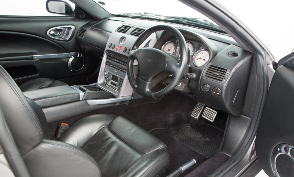 Aston Martin Vanquish For Sale - Interior 6