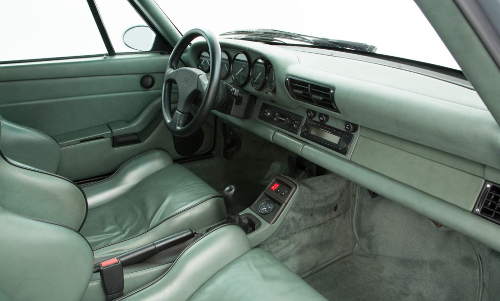 RUF CTR2 For Sale - Interior 4