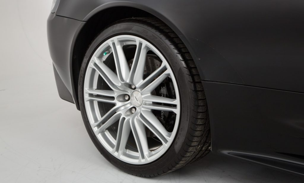 Aston Martin DBS For Sale - Wheels, Brakes and Tyres 2