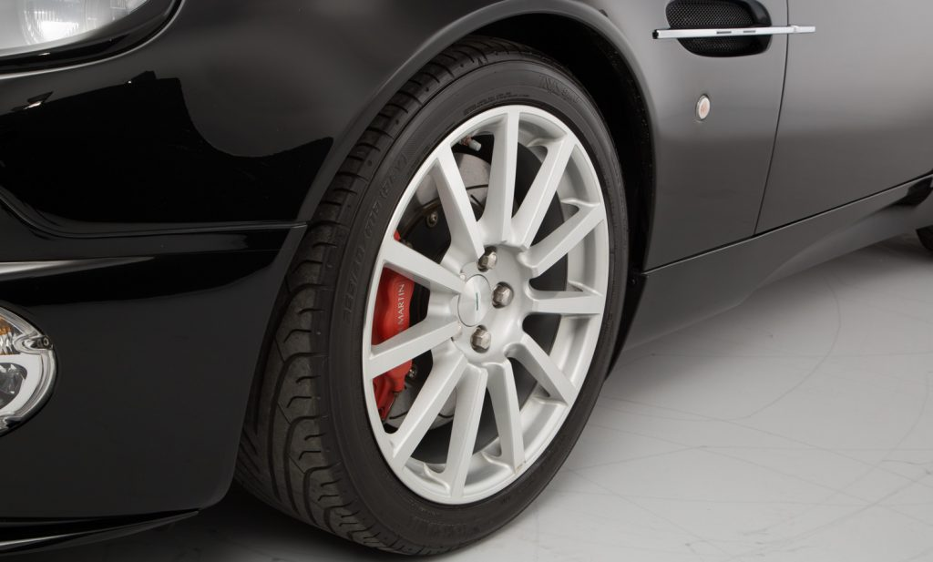 Aston Martin Vanquish S For Sale - Wheels, Brakes and Tyres 3